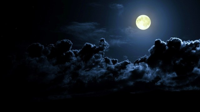 Quality-Designs-of-Moon-Wallpaper-Free